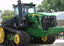 tractor https://flic.kr/p/6Kap8o