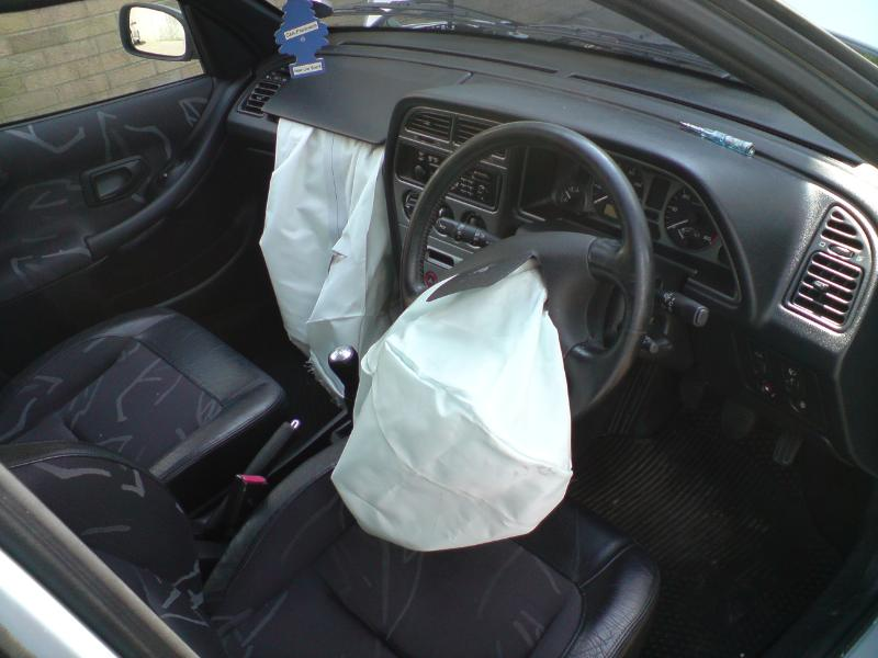 airbags_deployed