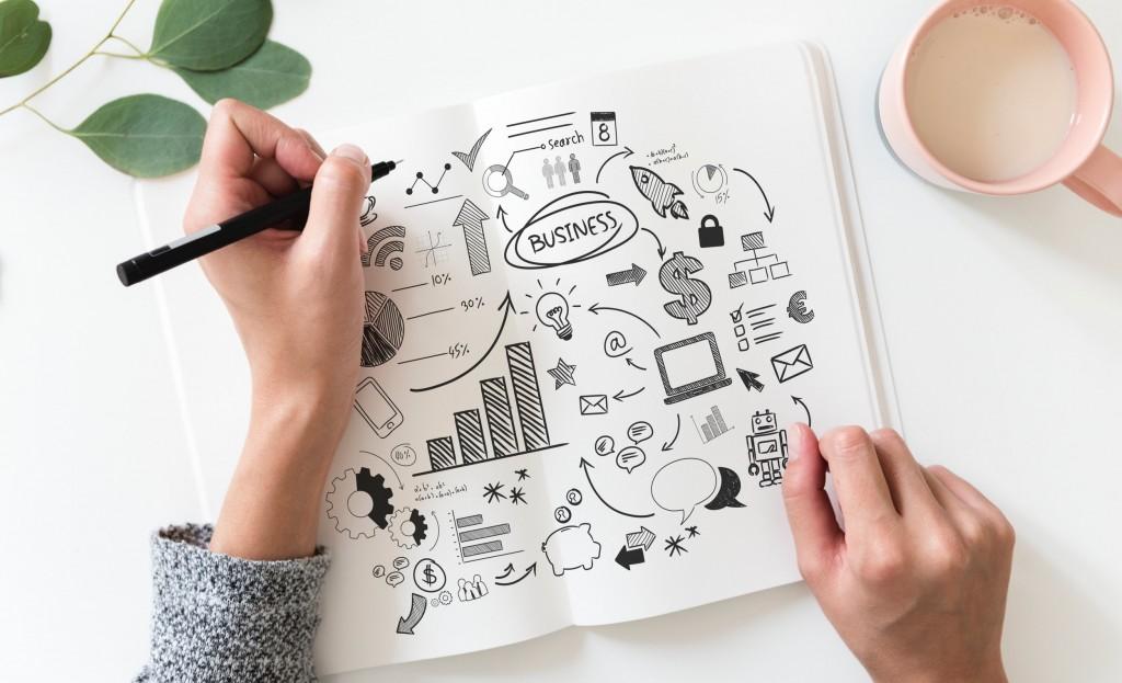 brainstorming-business-plan-close-up-908295